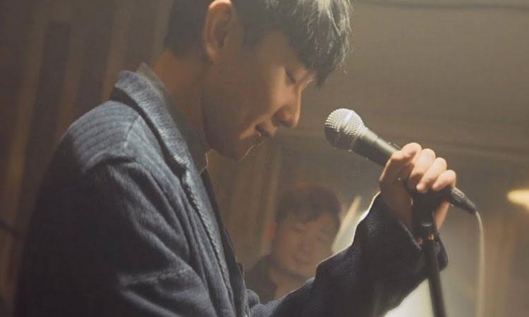 JJ Lin gây xúc cảm với ca từ trong bài too bad