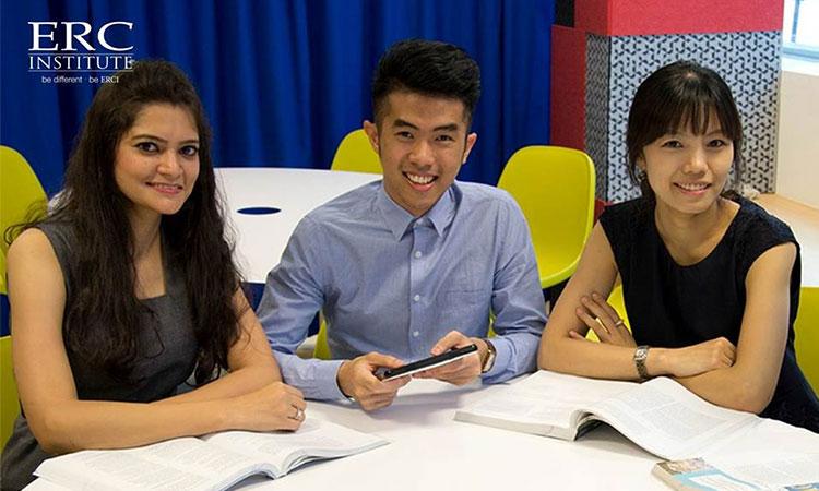 Học viện ERC có những chương trình học bổng tốt dành cho sinh viên