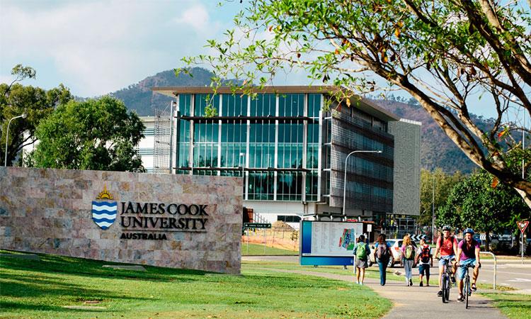 Trường James Cook Singapore (JCUS)