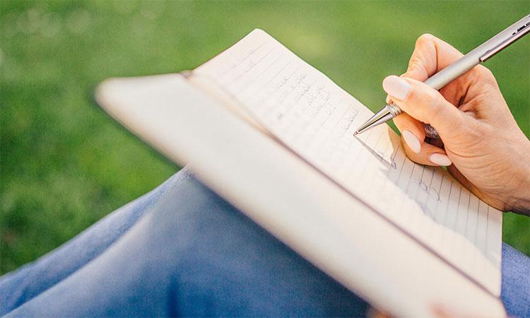 Bạn cần ghi nhớ và lưu lại những giấy tờ, hồ sơ cần thiết