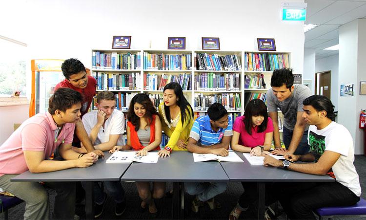 Các trường đạt được chứng nhận Edutrust sẽ có đủ điều kiện để thực hiện tuyển sinh, đào tạo du học sinh nước ngoài