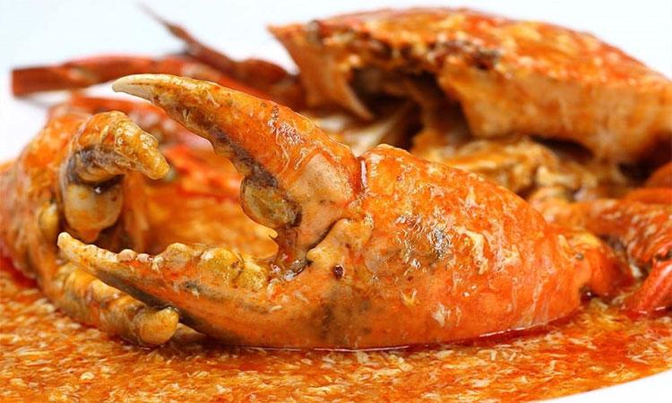 Cua sốt ớt chua cay - 1 trong 10 món ăn nổi tiếng tại Singapore bạn nên thử