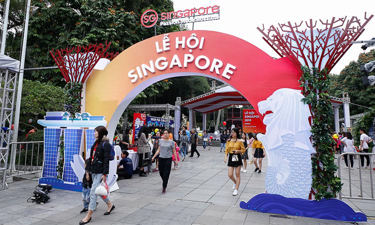 Đại sứ quán cũng là cơ quan đảm nhận tổ chức các sự kiện giao lưu đặc biệt giữa 2 nước