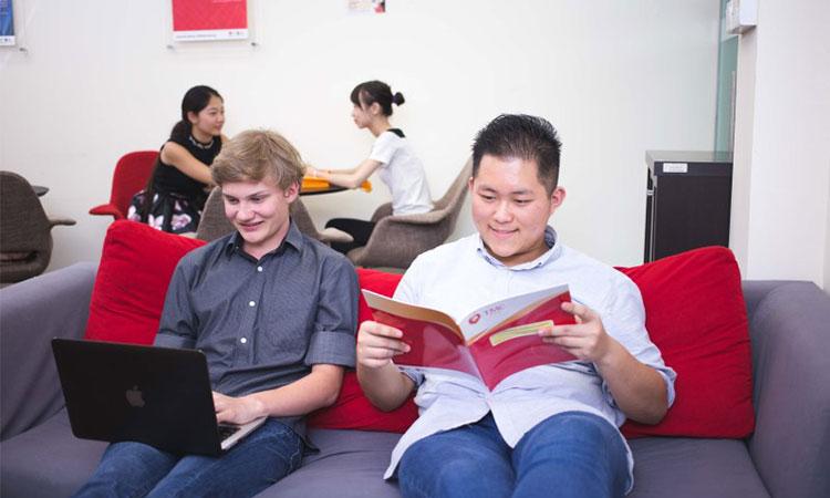 Tìm hiểu mức học phí của trường TMC Singapore trước khi đăng ký là điều cần thiết