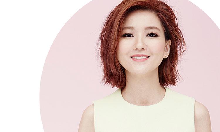 Joi Chua thuộc vào top một trong những nữ ca sĩ nổi tiếng nhất tại Singapore