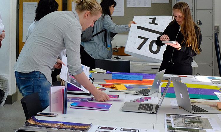 Kỹ năng làm việc nhóm đối với sinh viên ngành Thiết kế đồ hoạ
