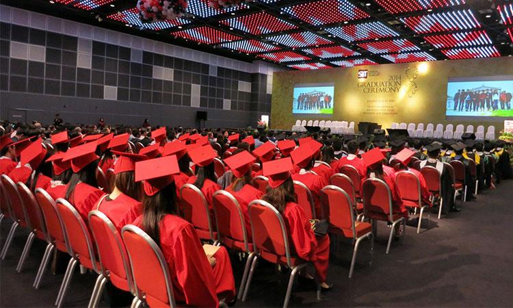 Các chương trình học bổng tiềm năng dành cho các sinh viên đạt được thành tích cao