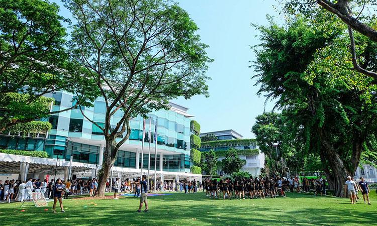 Khuôn viên xanh với cơ sở vật chất hiện đại hàng đầu tại Singapore