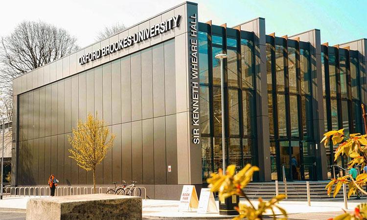 Học viện Informatics Singapore cũng liên kết với các trường hàng đầu tại Anh quốc